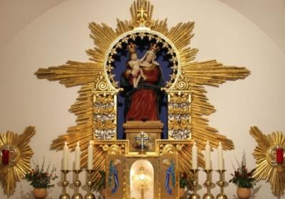 Du bist einfach da – Eucharistische Anbetung